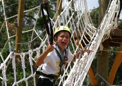 kids outside things to do, wild blue ropes, ropes course, charleston attraction
